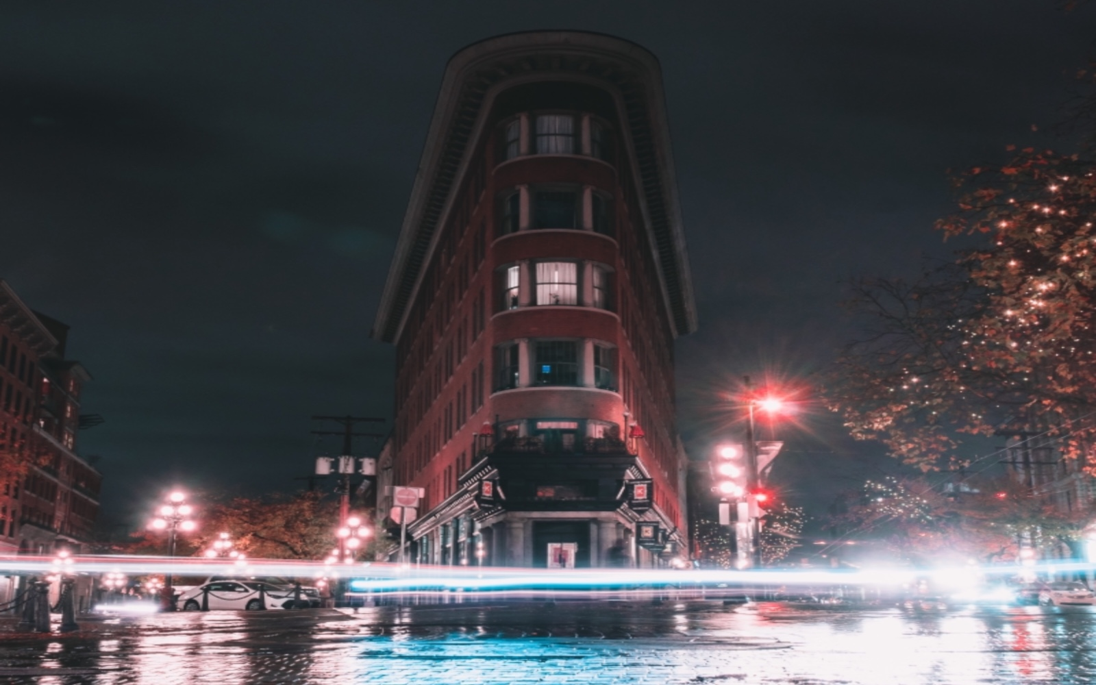 The Flatiron Buiding, Water Street Vancouver