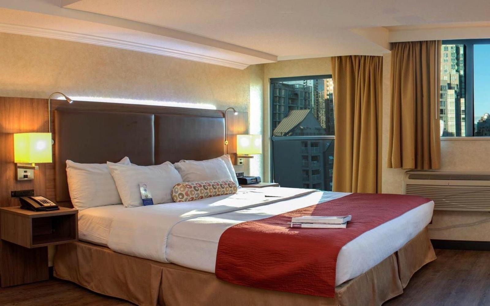 Room at GEC Granville Suites