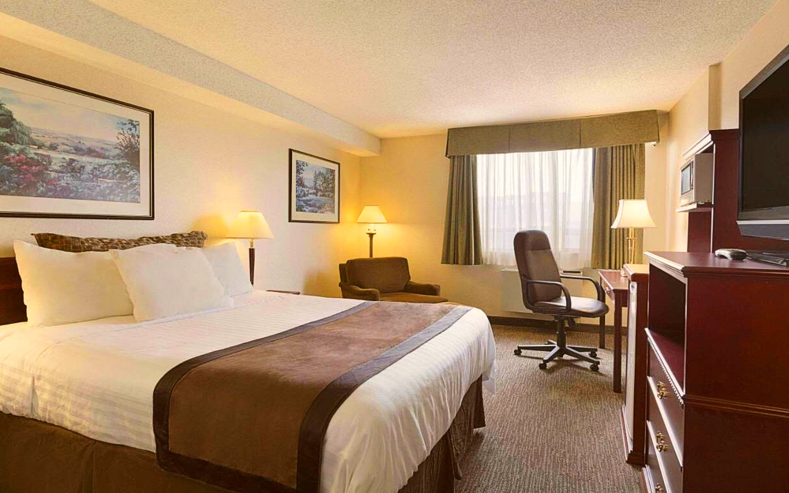 A room at the Travelodge Vancouver Airport