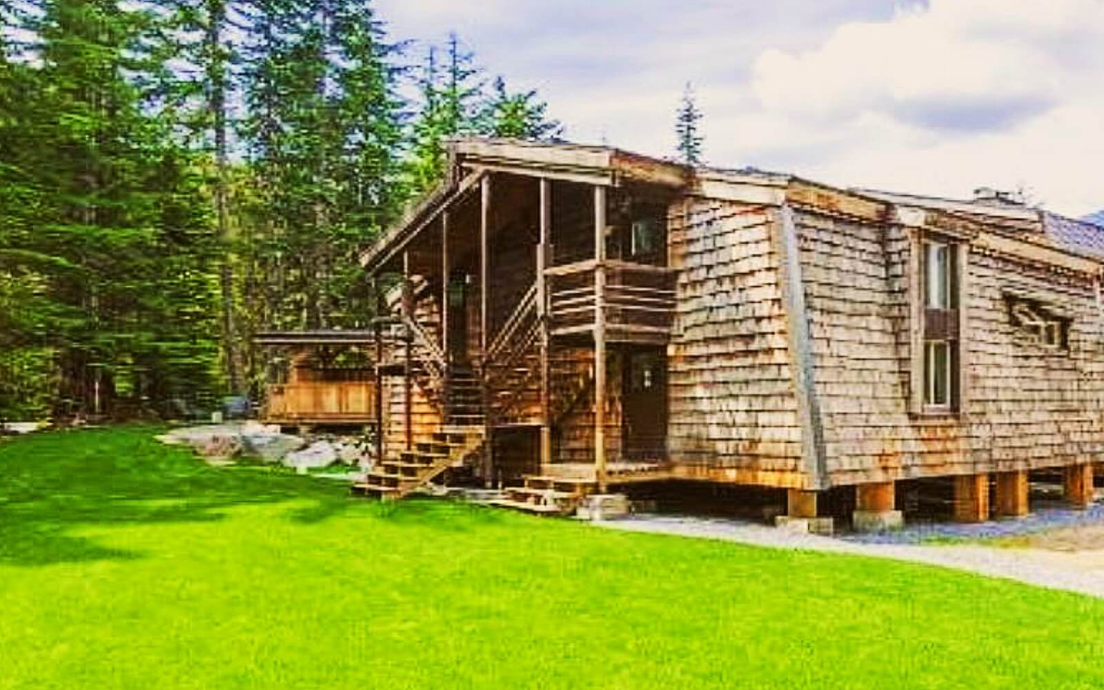The rear view of the Whistler Lodge Hostel