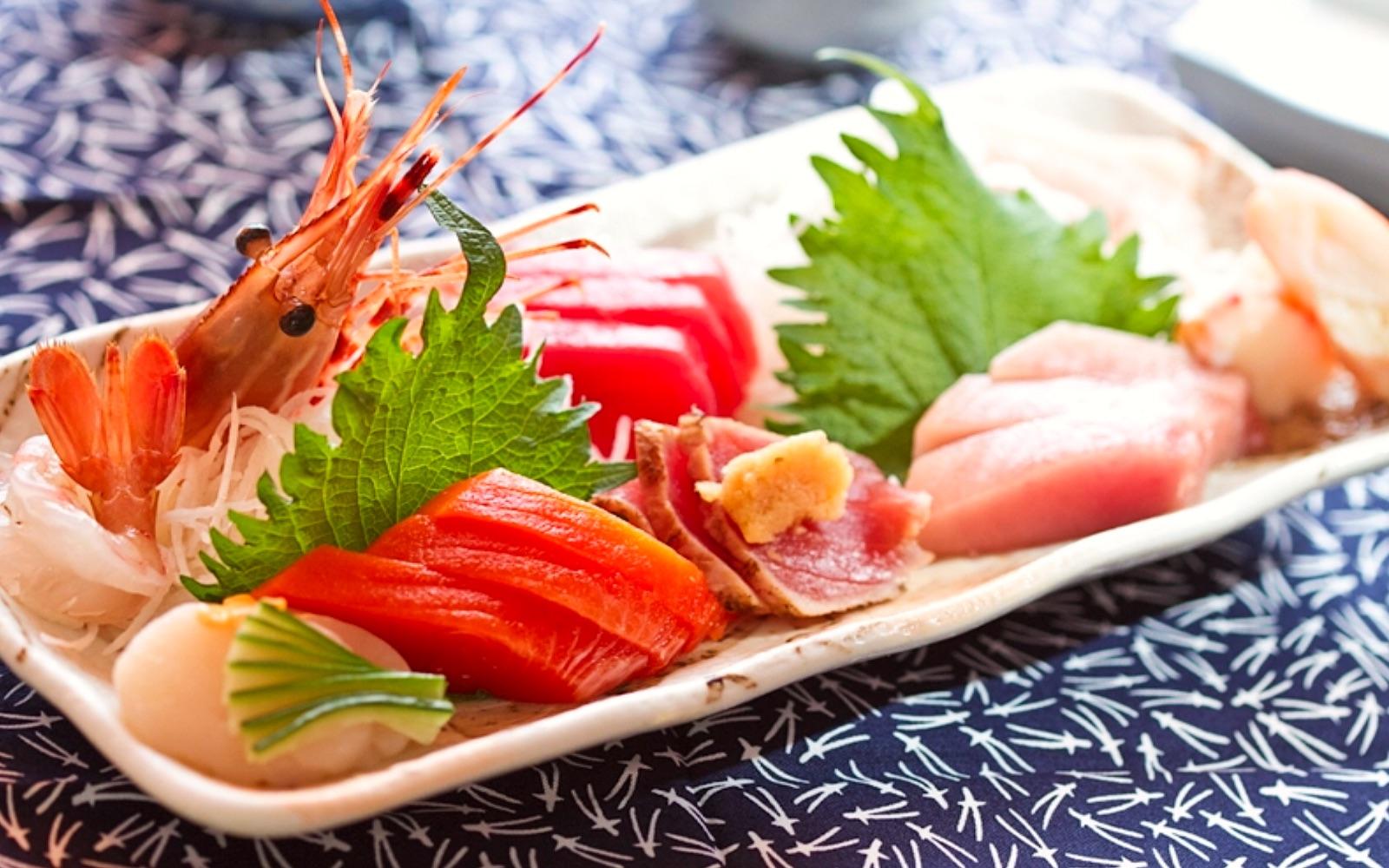 A sashimi platter at Sachi Sushi